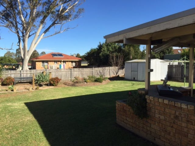 17 Stockley Close, West Nowra, NSW 2541