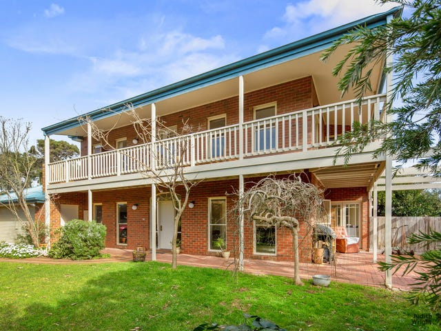 23 Chapel Street, Cowes, Vic 3922
