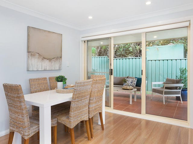 9/879 Henry Lawson Drive, Picnic Point, NSW 2213