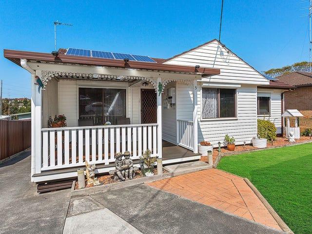 3 Hogarth Avenue, Mount Warrigal, NSW 2528