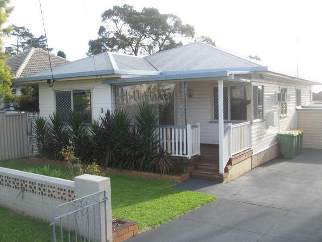 3 Hampshire Street, North Toowoomba, Qld 4350