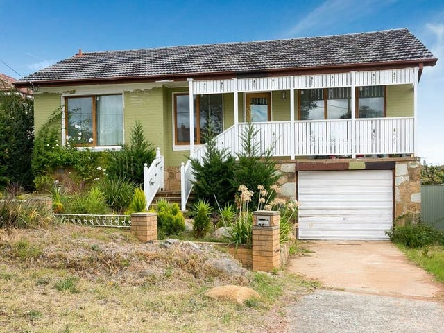 39 Crest Road, Queanbeyan, NSW 2620