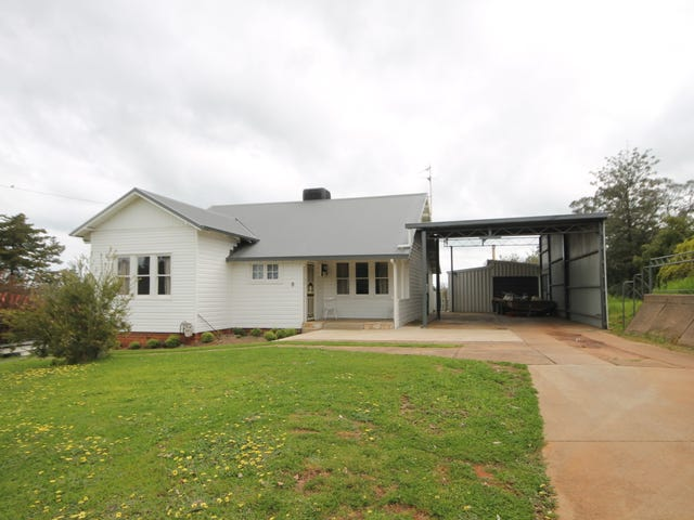 8 Fontenoy Street, Young, NSW 2594