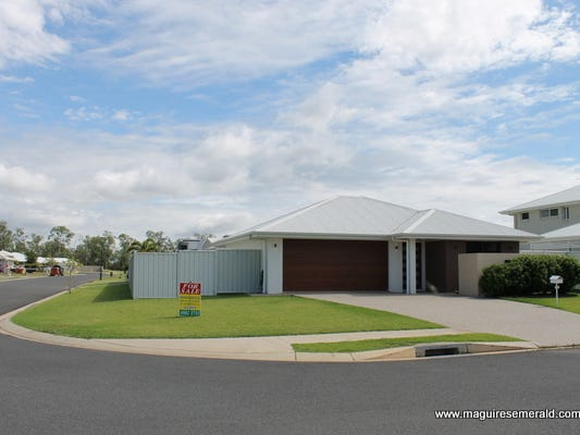 25 Flemington Road, Emerald, Qld 4720