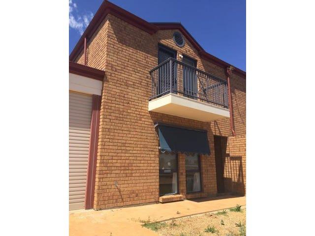 6 Pamir Court, Wallaroo, SA 5556