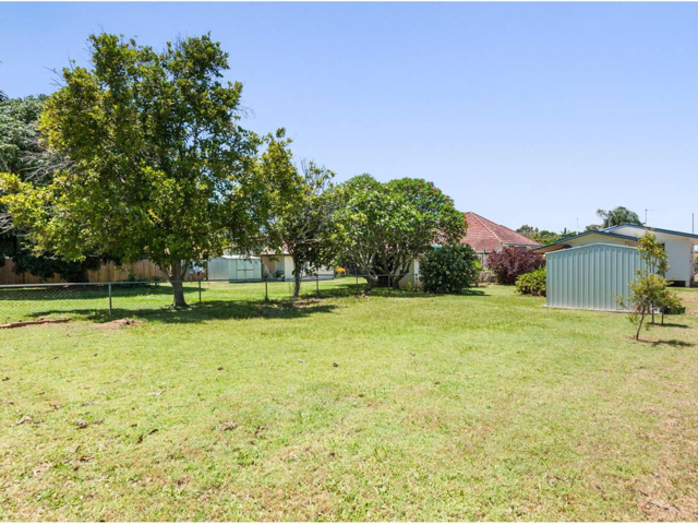 14 Westbrook Street, Woody Point, Qld 4019