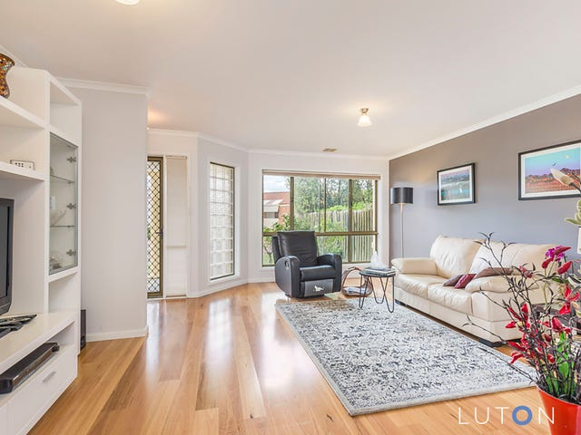 31 John Young Crescent, Greenway, ACT 2900