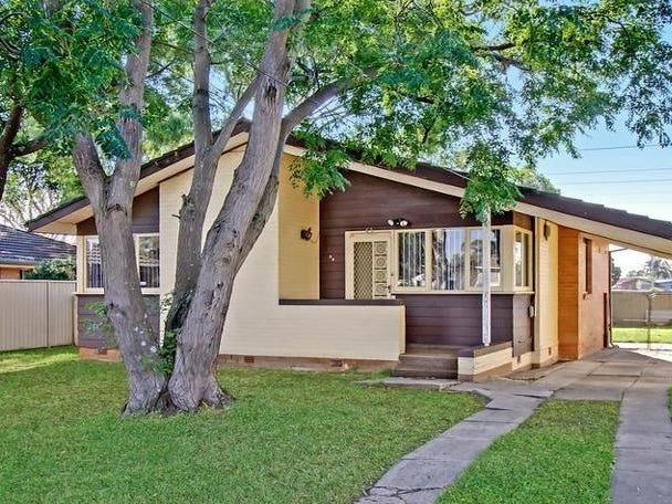 39 Manila Road, Lethbridge Park, NSW 2770