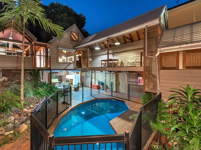 62 Orchard Terrace, St Lucia, Qld 4067