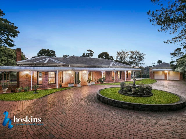 15 Knees Road, Park Orchards, Vic 3114