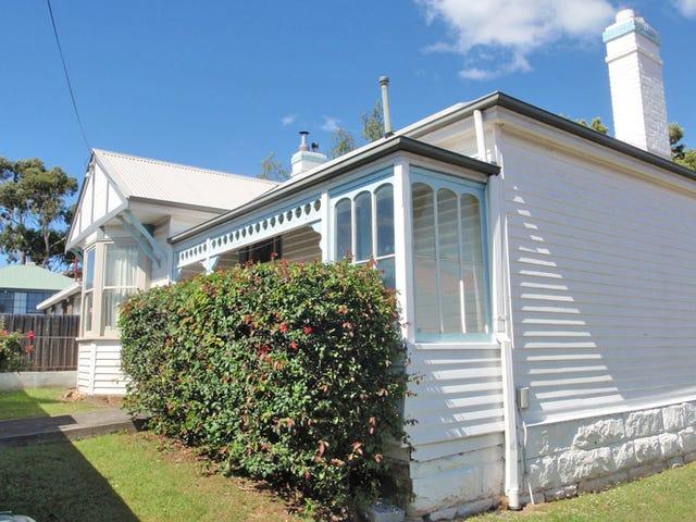 82 Regent Street, Sandy Bay, Tas 7005