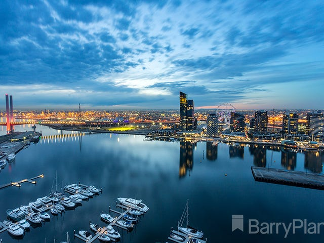 275/8 Waterside Place, Docklands, Vic 3008