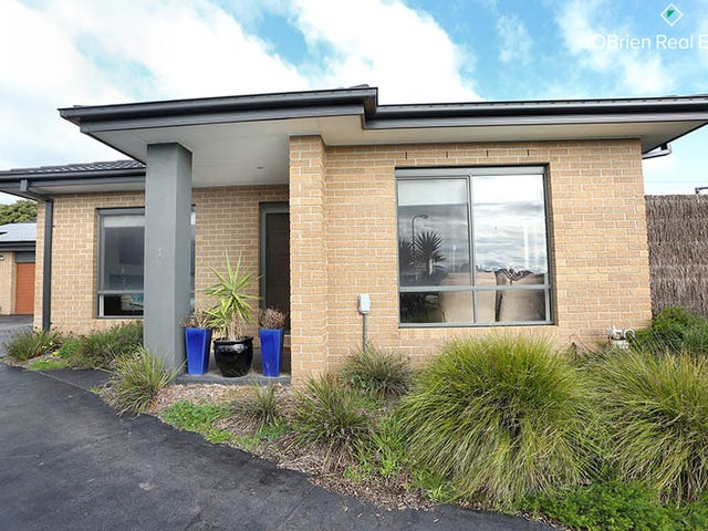 1/11 Dominic Mews, Somerville, Vic 3912