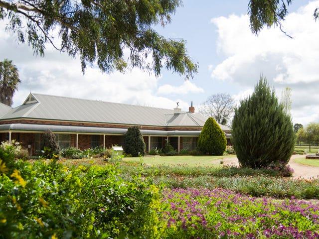 118 CARRO PARK ROAD, Cowra, NSW 2794