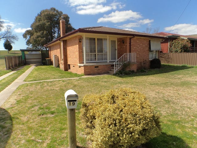 19 Nichols Street, Goulburn, NSW 2580