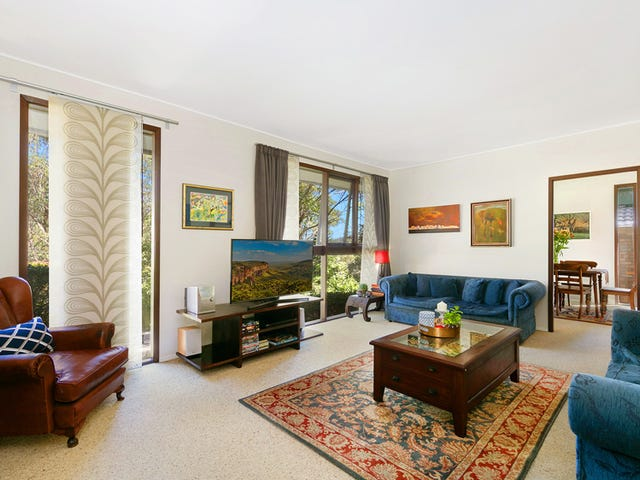 17 Windsor Place, St Ives, NSW 2075