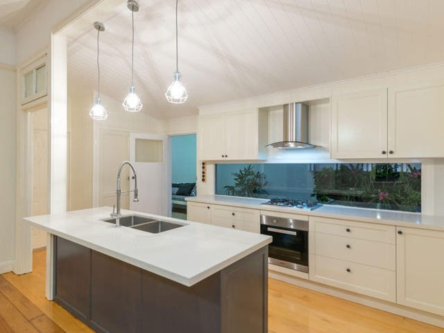 221 Water Street, Spring Hill, Qld 4000