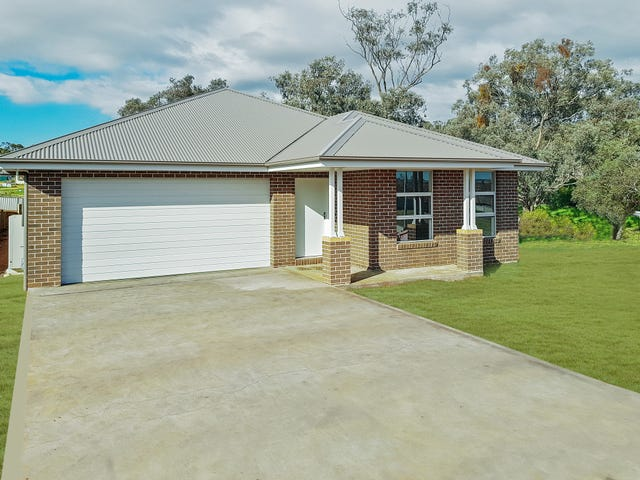 19 Giugni, Young, NSW 2594
