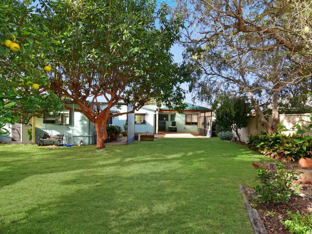 11 Aspinall Street, Shoalhaven Heads, NSW 2535