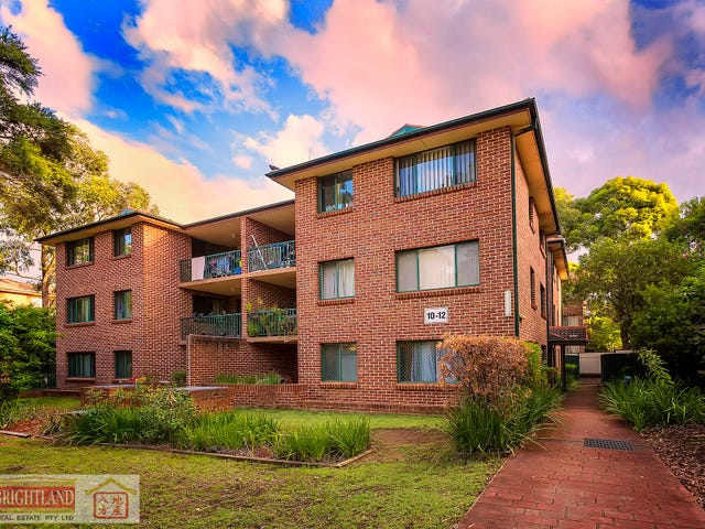 8/10-12 Bailey St, Westmead, NSW 2145