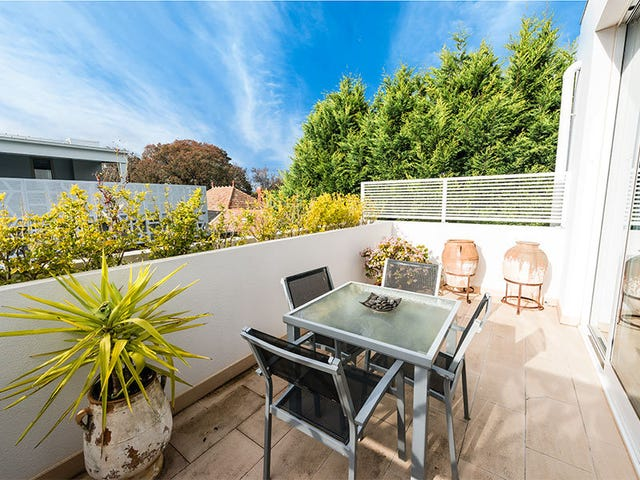 12/10 St Andrews Street, Brighton, Vic 3186