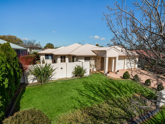 26 Sweetapple Crescent, Centenary Heights, Qld 4350