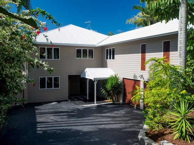 15 Sommerville Crescent, Whitfield, Qld 4870