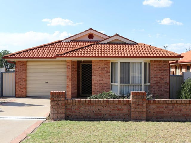 15 Berthong Street, Young, NSW 2594