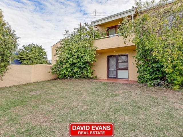 8/15 Corvus Place, Rockingham, WA 6168