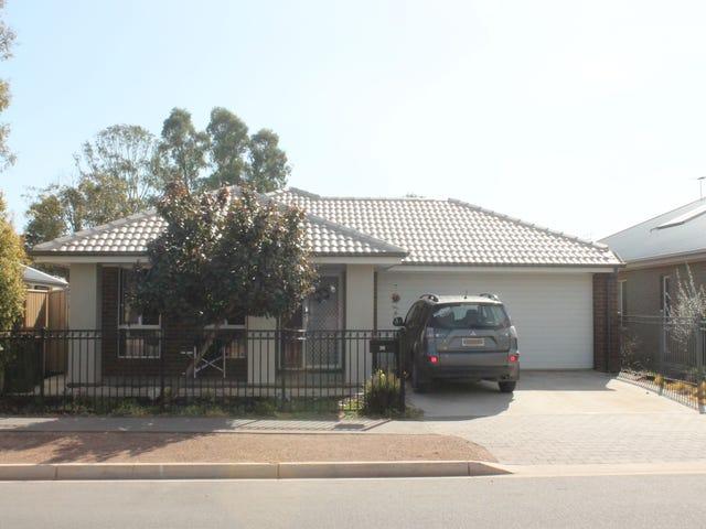 38 Small Crescent, Smithfield Plains, SA 5114