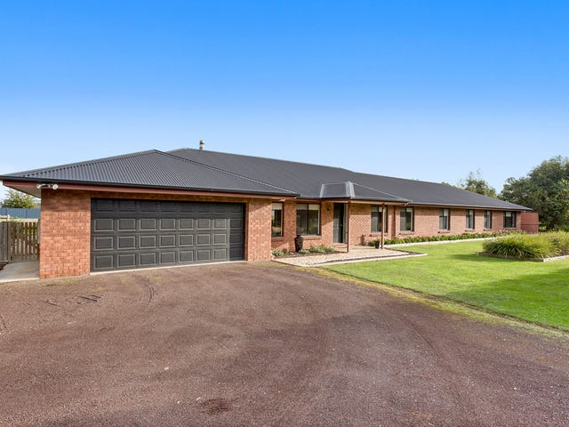 1579 Warrnambool - Caramut Road, Winslow, Vic 3281