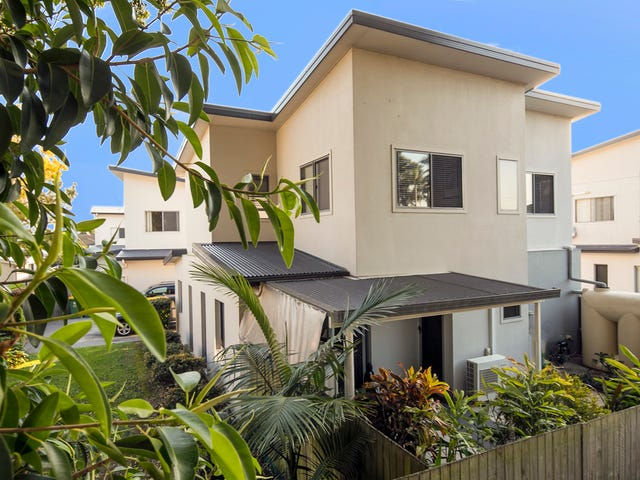 1/8 Boat Street, Victoria Point, Qld 4165