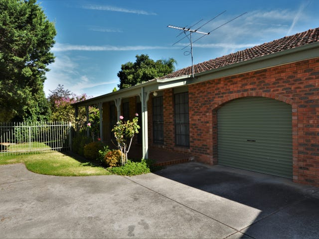 2/405 Kotthoff Street, Lavington, NSW 2641