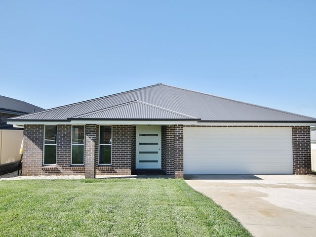 77 Graham Drive, Kelso, NSW 2795