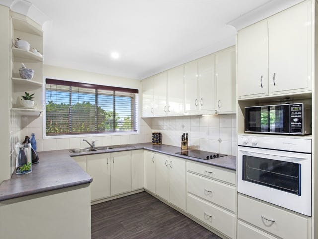 5 Robyn Street, Centenary Heights, Qld 4350
