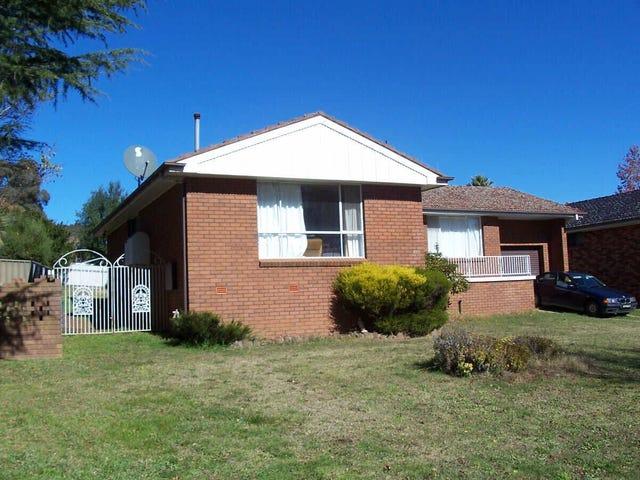 18  Boronia Crescent, Orange, NSW 2800