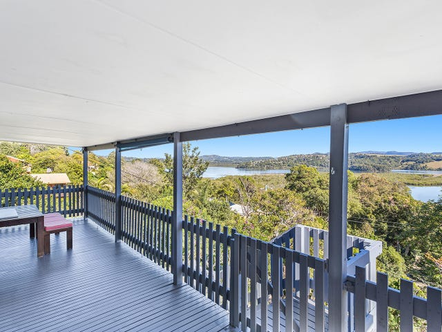 19 Lakeview Parade, Tweed Heads South, NSW 2486