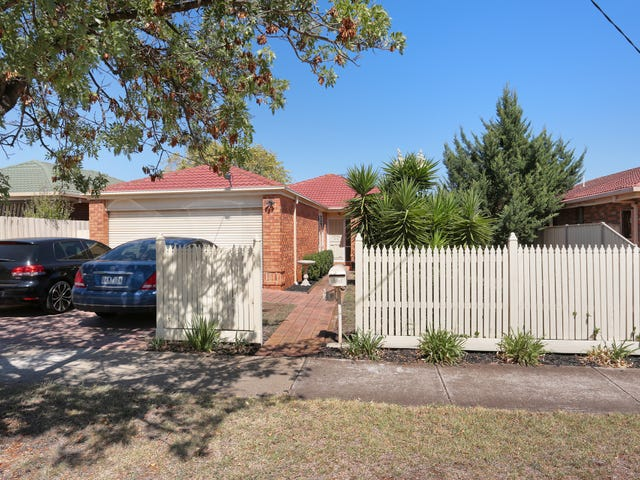 49 First Avenue, Melton South, Vic 3338