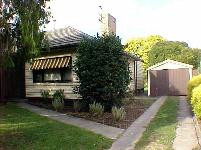 6 Mitre Crescent, Bayswater, Vic 3153