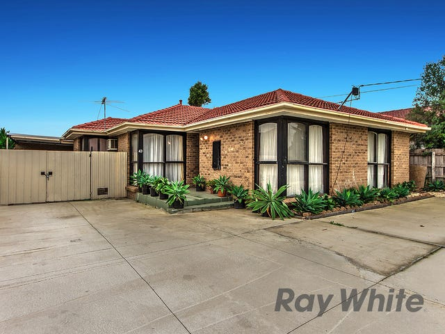 43 Braeswood Rd, Kings Park, Vic 3021