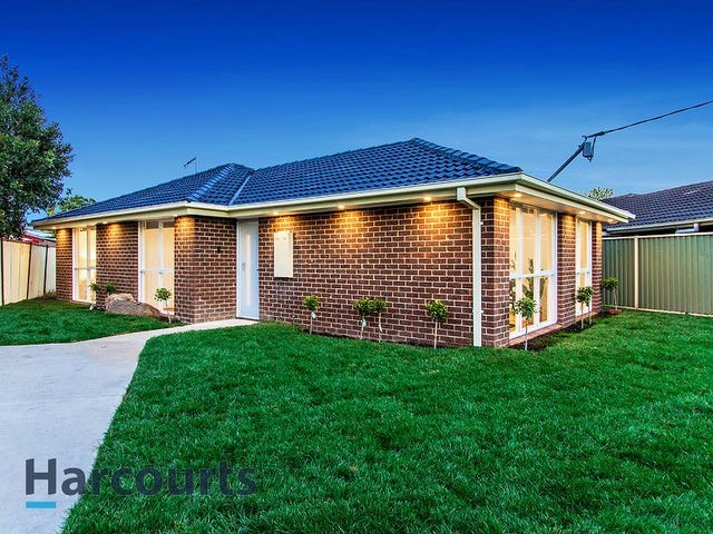 15 Chester Crescent, Deer Park, Vic 3023