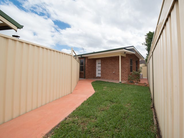 18A Bundarra Crt, Wattle Grove, NSW 2173