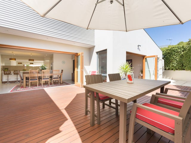 13  Hodgson Crescent, Pearce, ACT 2607