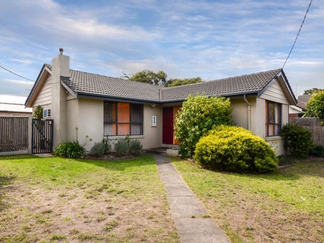 1 Selsey Street, Seaford, Vic 3198