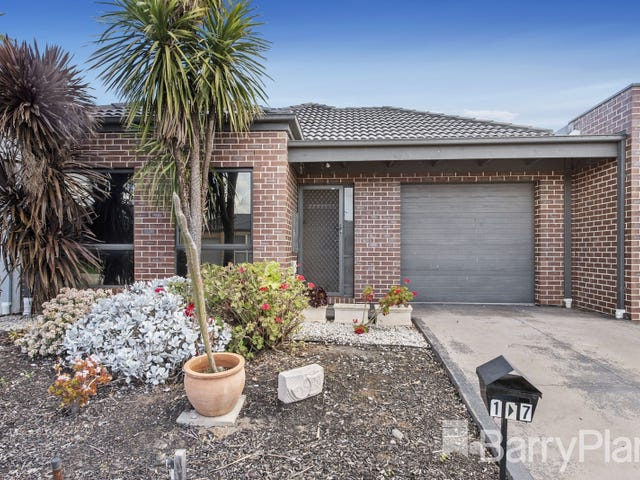 1/7 The Grove, Melton West, Vic 3337