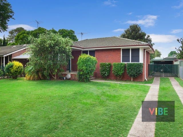 4 Clarke Avenue, Richmond, NSW 2753