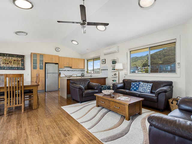 2/11 Marriners Lookout Road, Apollo Bay, Vic 3233