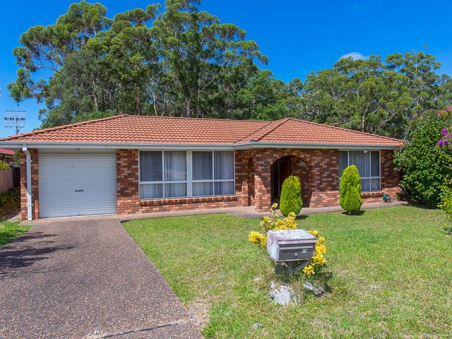 35 Oxley Crescent, Mollymook, NSW 2539