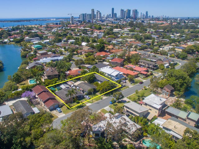 13 Sandy Court, Southport, Qld 4215