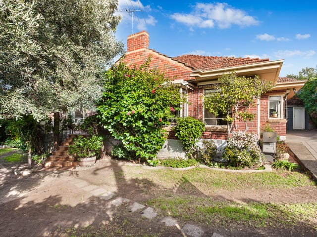 443 Pascoe Vale Road, Strathmore, Vic 3041